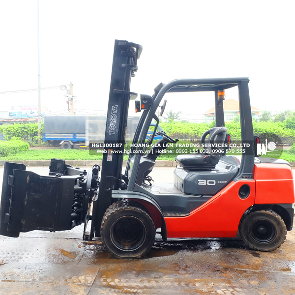 Tiếng Việt) Xe nâng kẹp giấy TOYOTA 8FD30 (HGL300187) nâng cao 4m